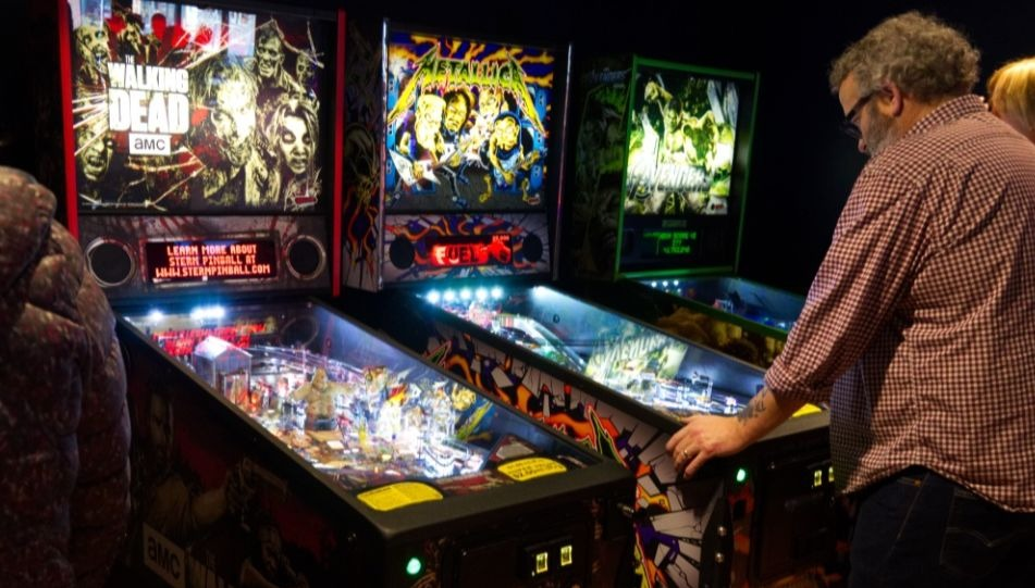 Calgary Has A New Pinball Arcade And It S Awesome Vern